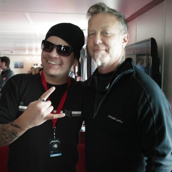 Metallica, concierto, antartida, base argentina, carlini, James Hetfield, auriculares, antartica
