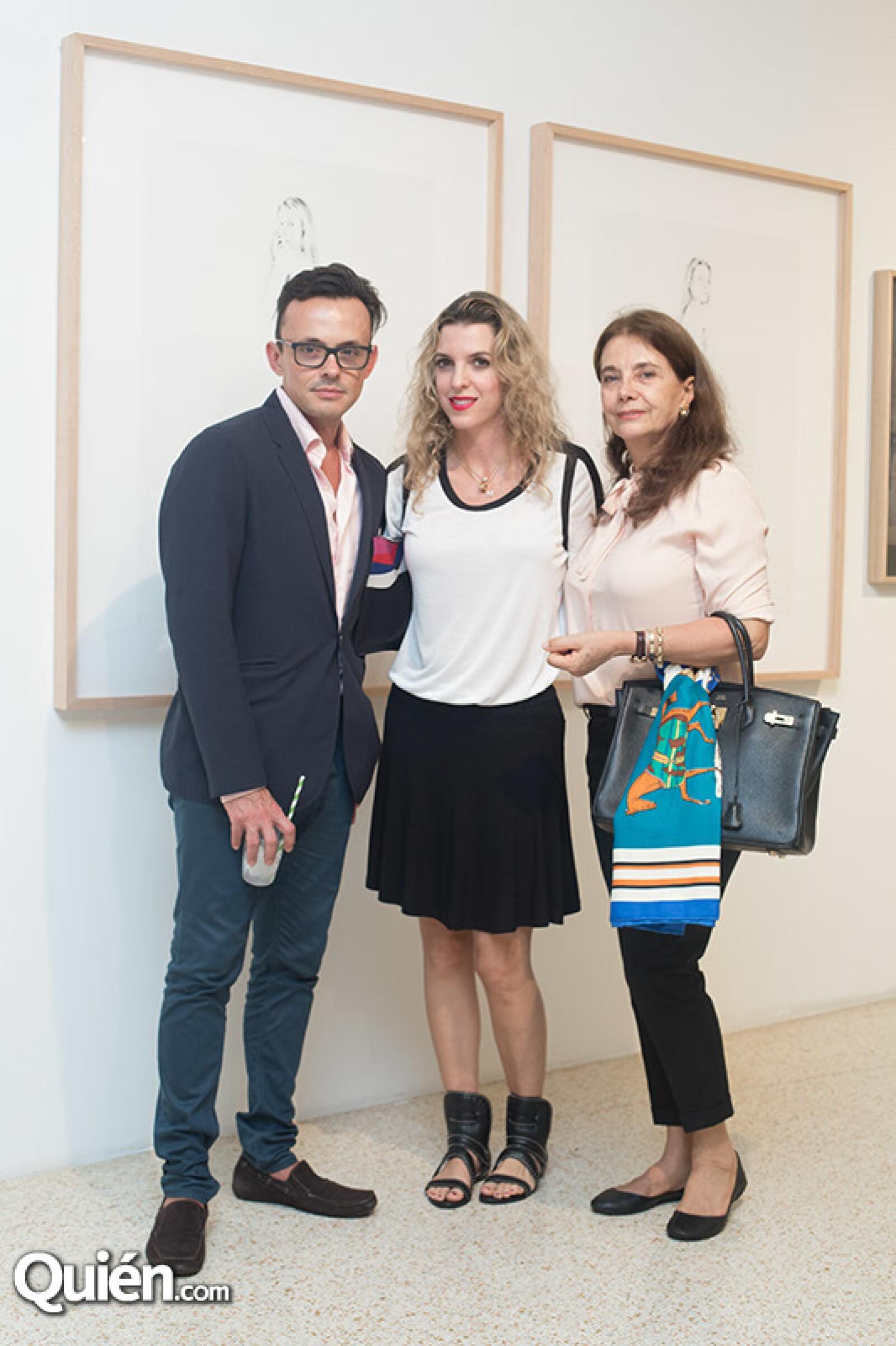 Rodrigo Albán,Valentina López y Emilia Baytala