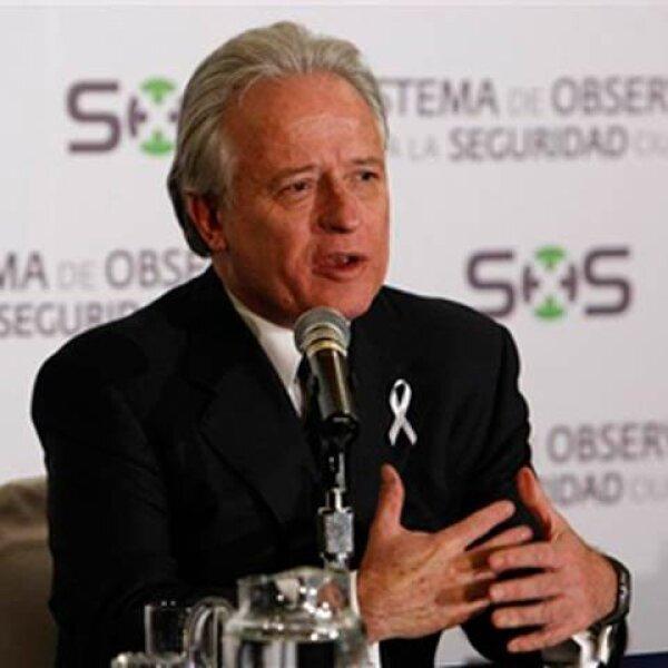 Alejandro Martí presentó  la fundación México SOS.