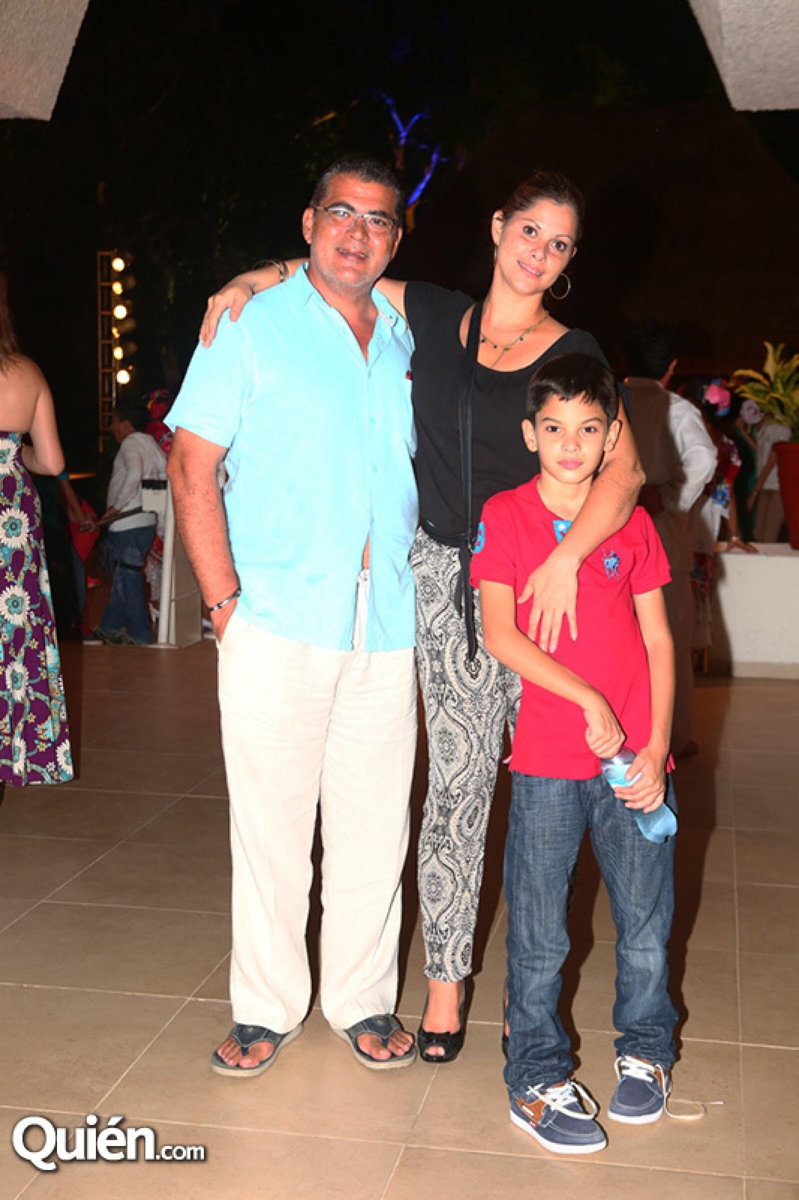 David Campos, Suyen Parra y David Campos