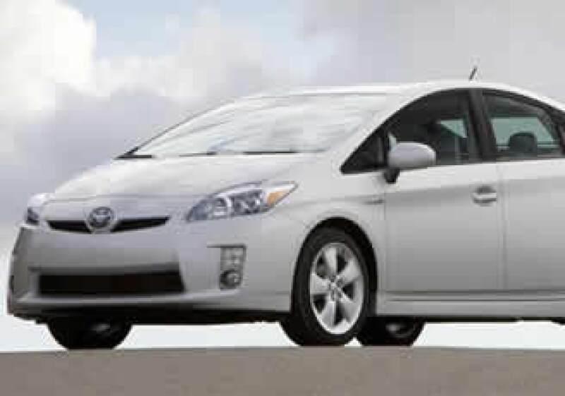 Las ventas de los modelos Prius y Corolla se dispararon en 2008 ante el alza de los precios de la gasolina. (Foto: Autocosmos.com)