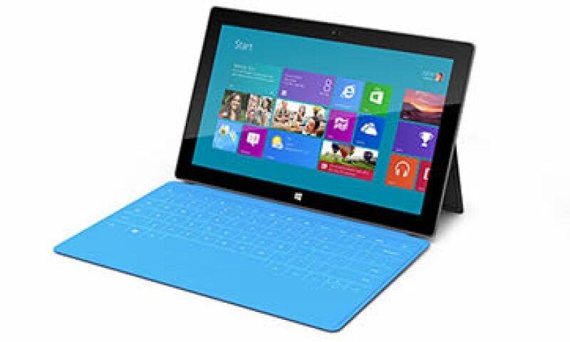 La característica más comentada de Surface es su teclado instalado en una cubierta de 3 milímetros de espesor. (Foto: )