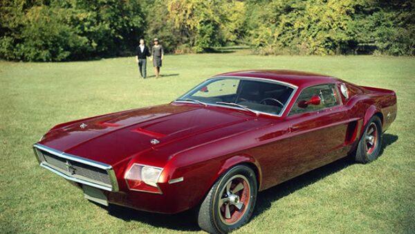 Como parte del medio siglo de vida, Ford lo festeja en grande, liberando im�genes de su archivo