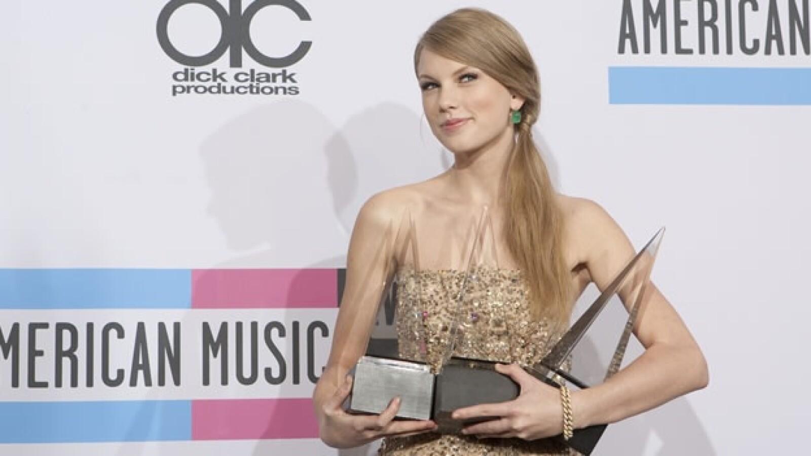 american music awards taylor swift