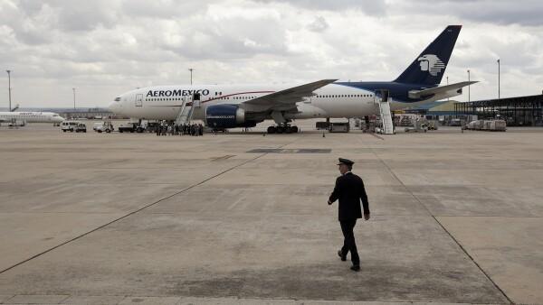 El sindicato de pilotos y Aeroméxico buscan acuerdo en salarios.