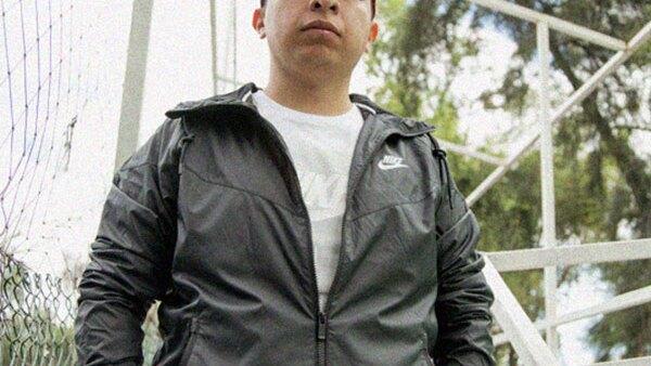 Pery Meza, jugador profesional de Los Capitanes; Diego Alfaro, Smithe y Danger son representantes de la campaña.