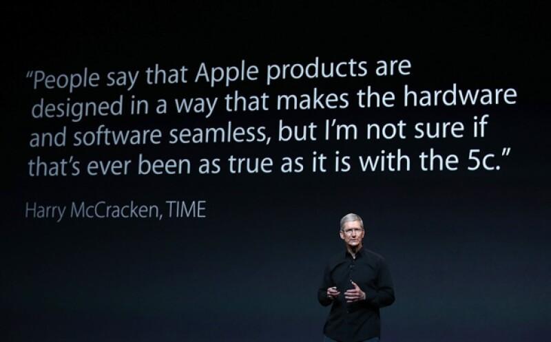 El CEO de la compañía presentó el nuevo sistema operativo OS X Mavericks y una nueva generación de computadoras en el Yerba Buena Center de San Francisco.