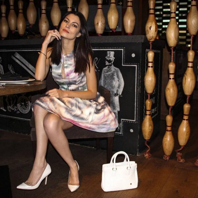 La actriz y modelo estuvo casada con el mexicano Güido Laris, quien fuera ex director musical y ex bajista del grupo RBD.