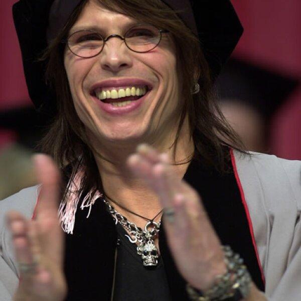 Steven Tyler estudió en Berklee College of Music justamente una carrera de música, se graduó en 2003.