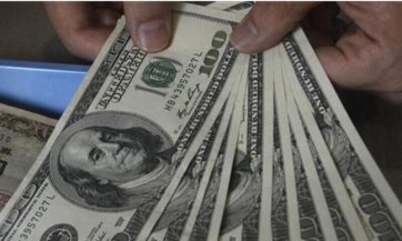 Cifras positivas sobre el empleo en EU, beneficiaron al peso ante el dólar. (Foto: Reuters)