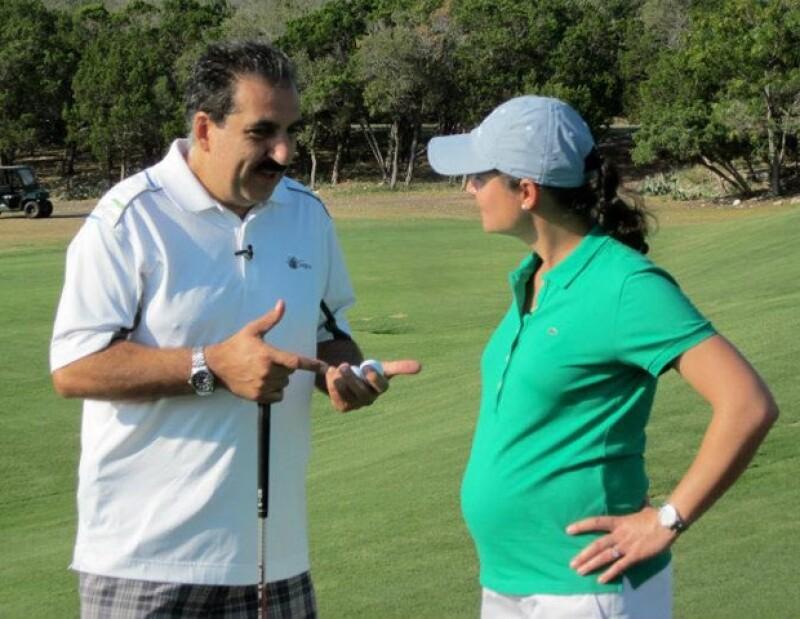 La ex golfista mexicana compartió unas imágenes durante su participación en el evento de Las Americas Golf Tournament y se veía muy feliz con sus ya casi ocho meses de embarazo.