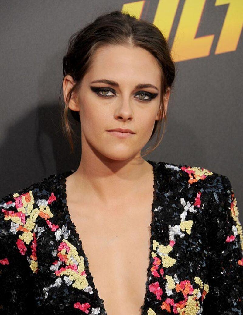 La actriz declaró que le encanta vivir en la ambigüedad y que le resulta imposible etiquetar preferencias sexuales por su profesión.