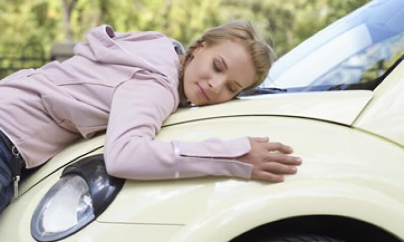 En México sólo uno de cada cuatro autos está asegurado: AMIS. (Foto: Thinkstock)