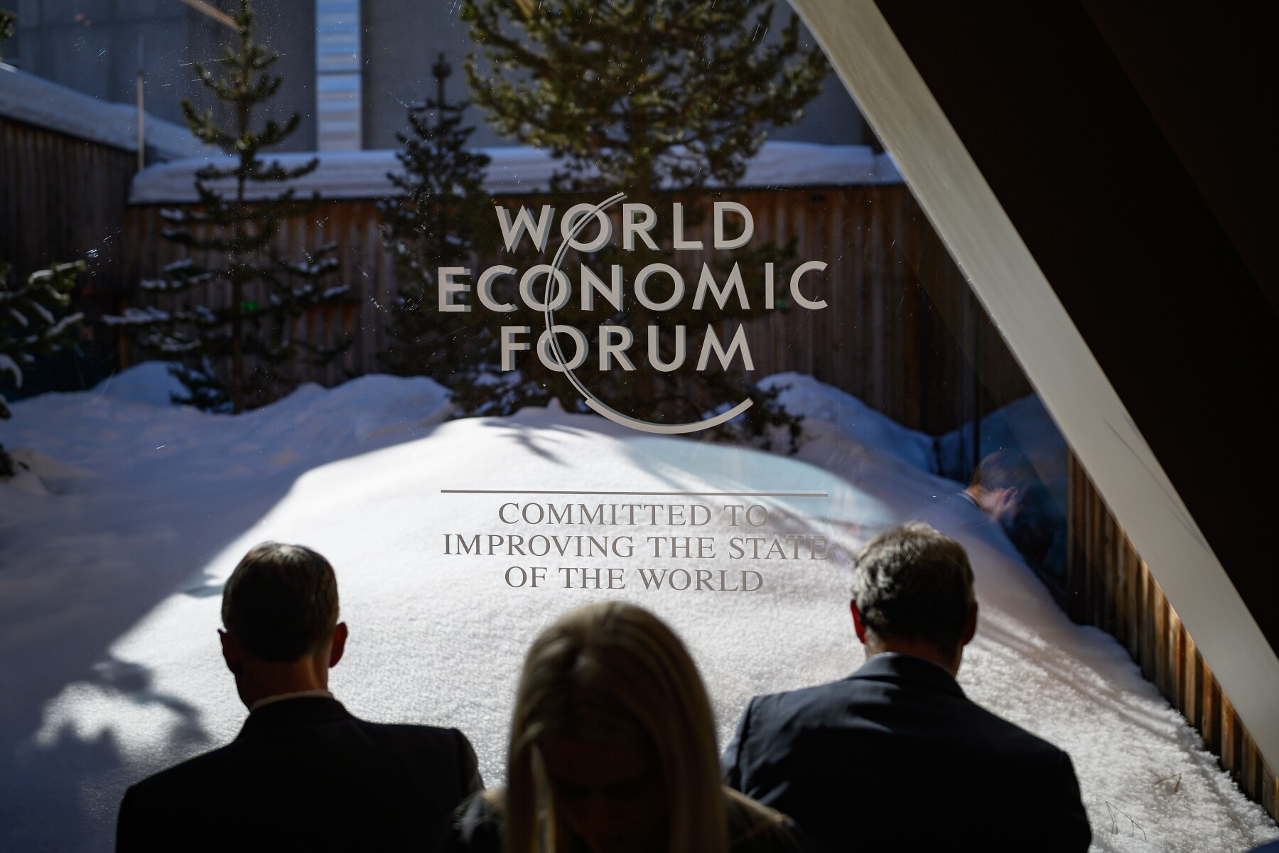 FILES-SWITZERLAND-POLITICS-ECONOMY-DIPLOMACY-WEF-DAVOS