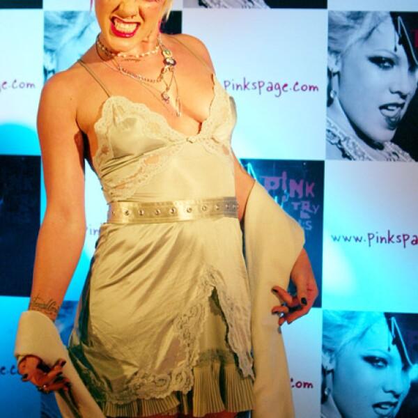 Pink se ha distinguido por ser una cantante ruda y sexy.