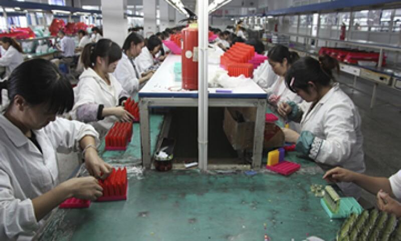 La producción industrial china para agosto fue más débil que lo previsto por los economistas. (Foto: iStock by Getty Images )