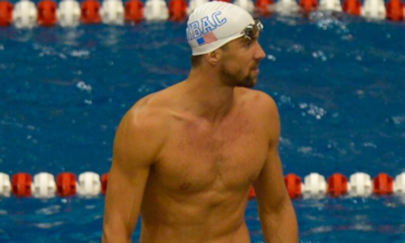 Phelps terminó su contrato con Speedo a finales de 2013. (Foto: Reuters)