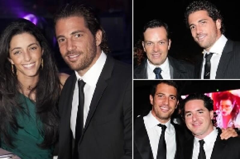 Alejandro Litchi con su novia Estefanía Helfon y algunos amigos.