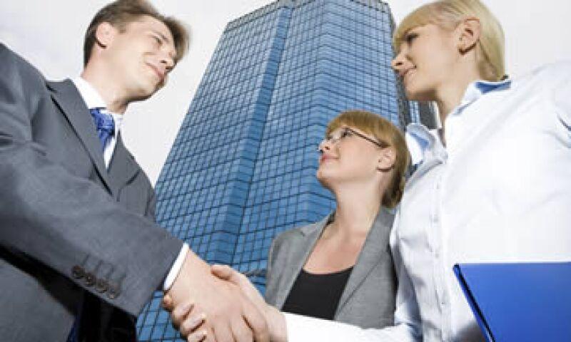 Tanto compradores como vendedores deben tomar en cuenta el valor de un negocio a través de información confiable. (Foto: Photos to Go)
