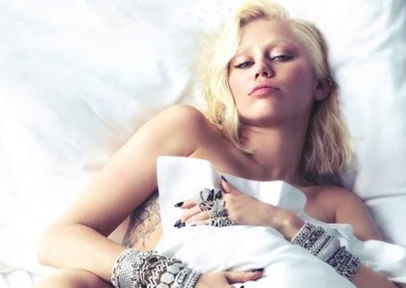 Miley ya había posado desnuda para V Magazine en el pasado, y a decir verdad, este desnudo no tiene nada que ver con las imágenes que ha compartido ahora.
