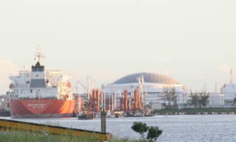 Entre los puertos cerrados está el de Coatzacoalcos, en Veracruz. (Foto: Cuartoscuro )
