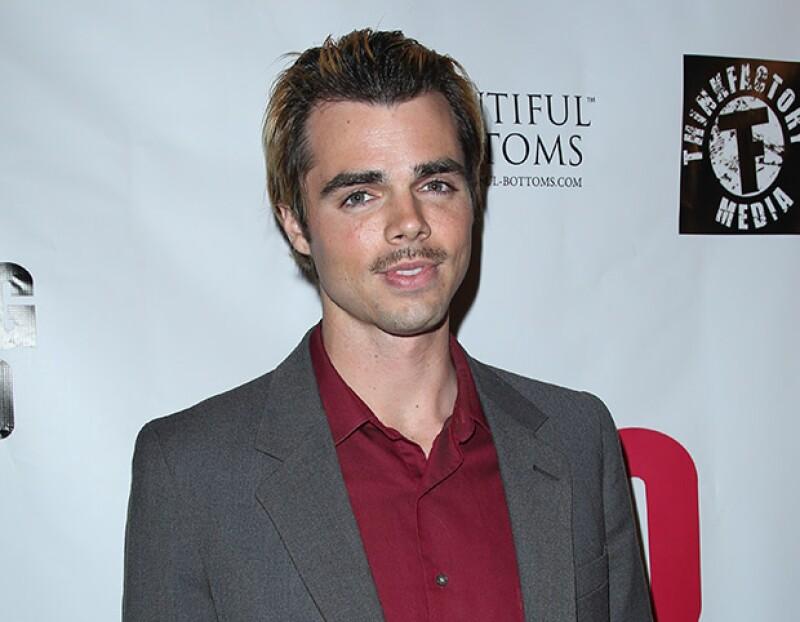 """El actor respondió a un seguidor de Twitter que le preguntó si acababa de """"salir del clóset"""" afirmando que nunca ha escondido su homosexualidad."""