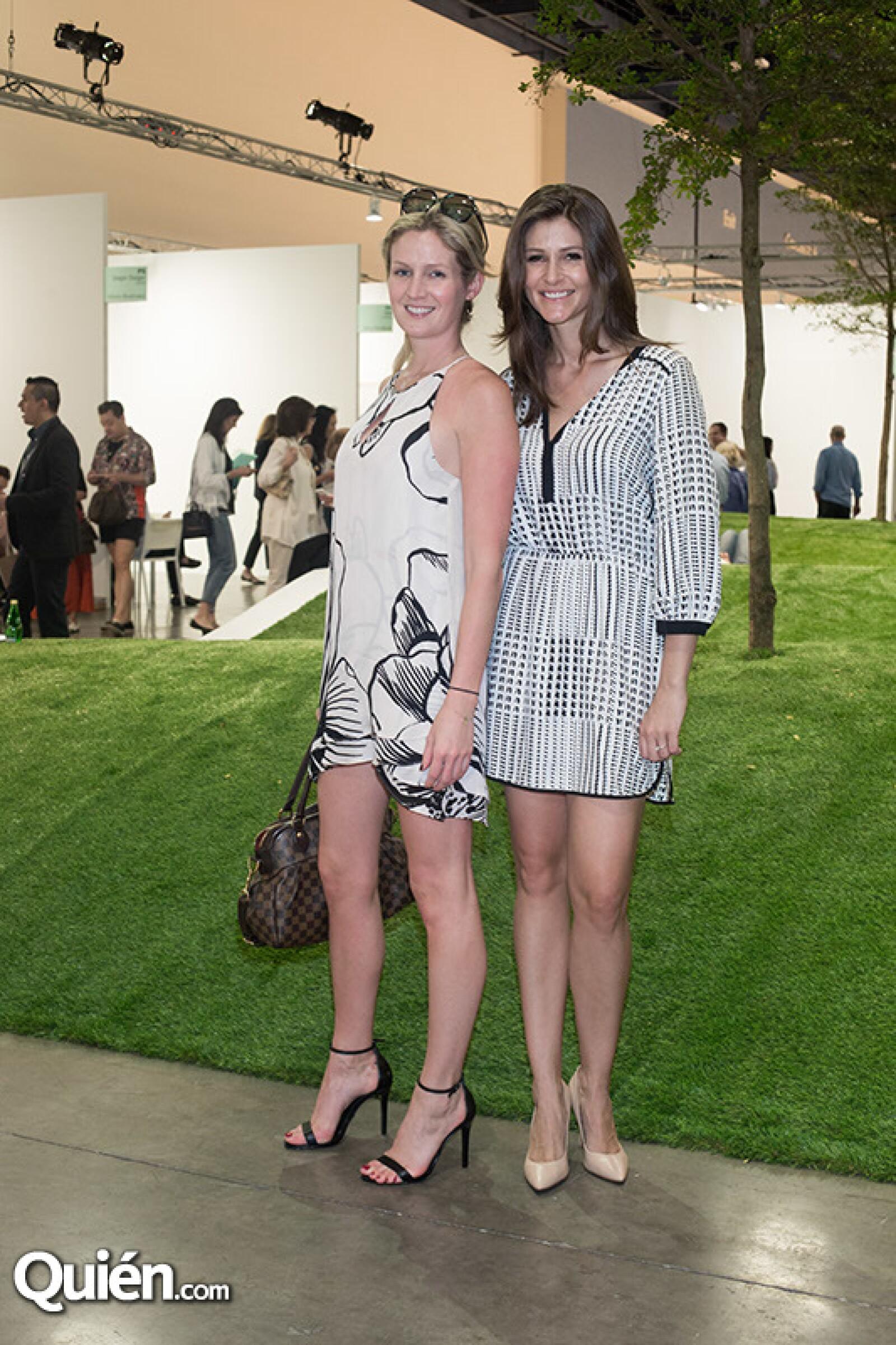 Sara Jensen y Courtney Smith