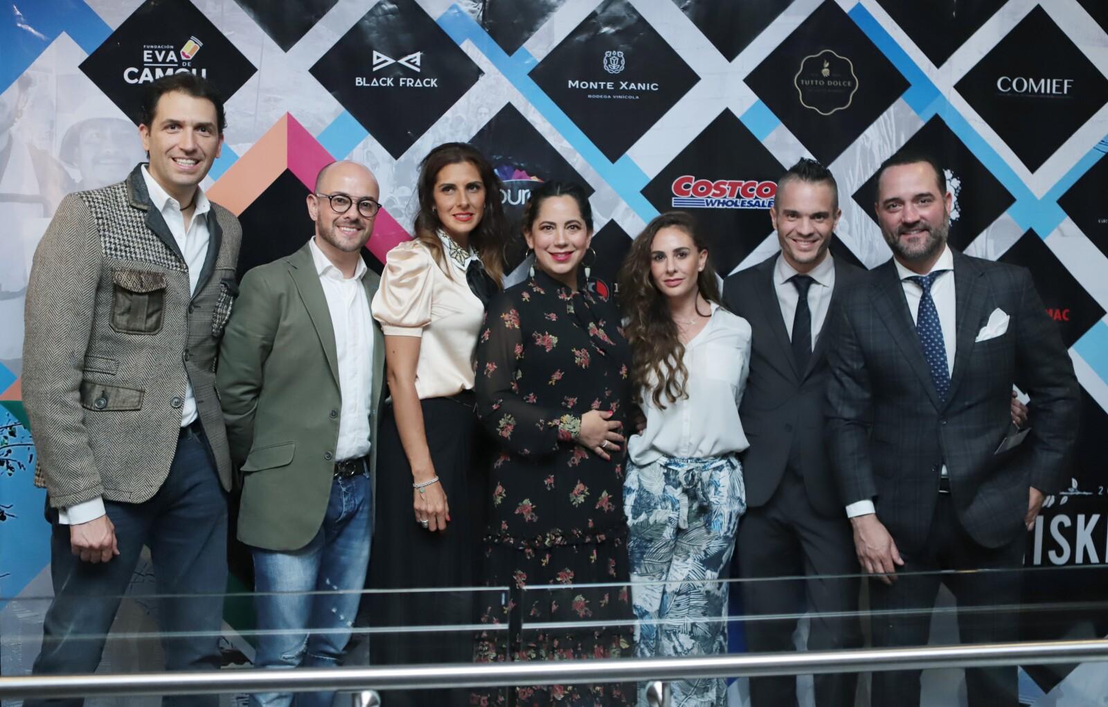 Arturo Cornejo, Guillermo Serrano, Paulina Feria, Lizeth Castro, Ximena Suarez,Kuno Becker, Miguel Mier.JPG