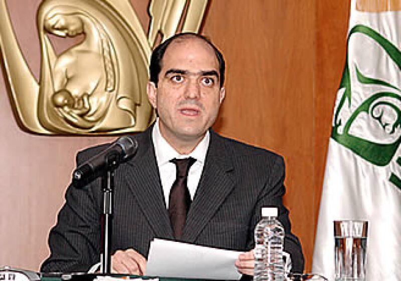 Daniel Karam, director del IMSS, se presentará ante los legisladores para responder sobre el caso de la guardería ABC. (Foto: Notimex)