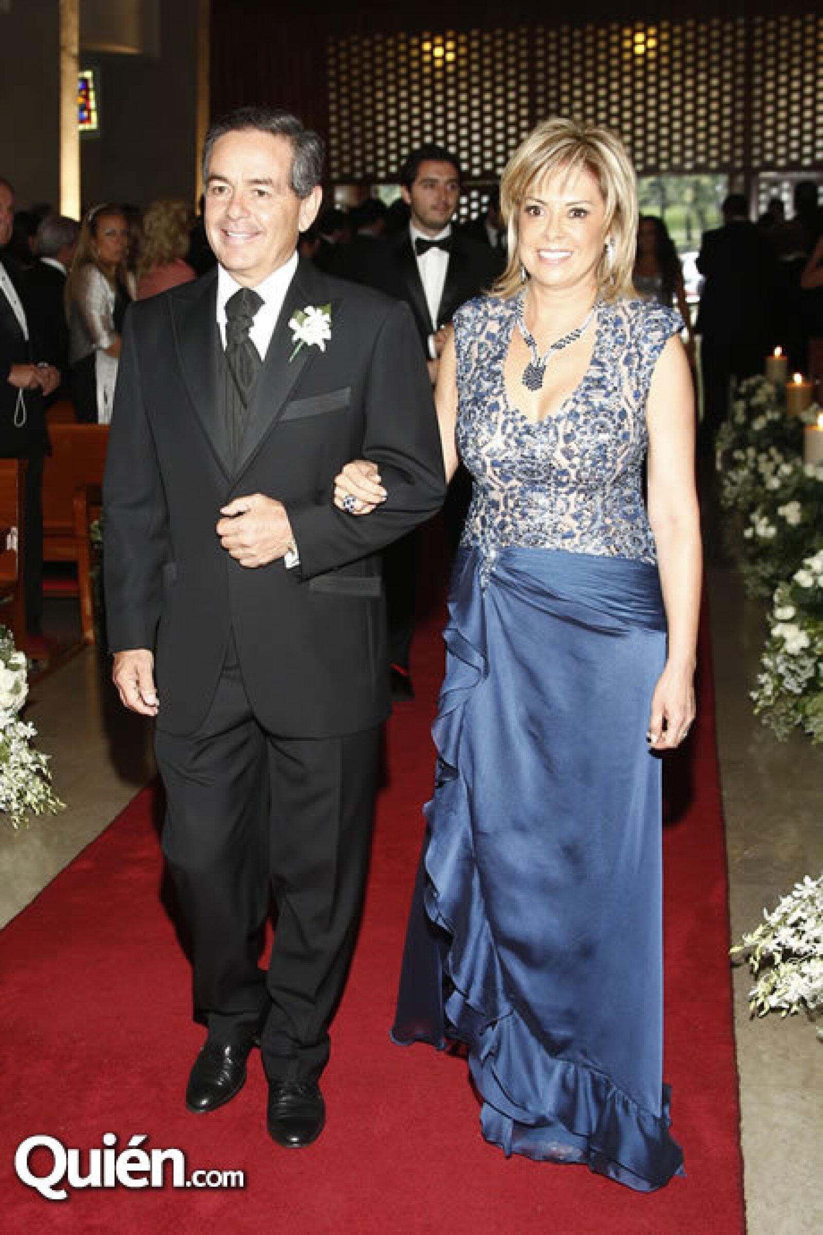 Daniel Goñi y Georgina Urich Sass