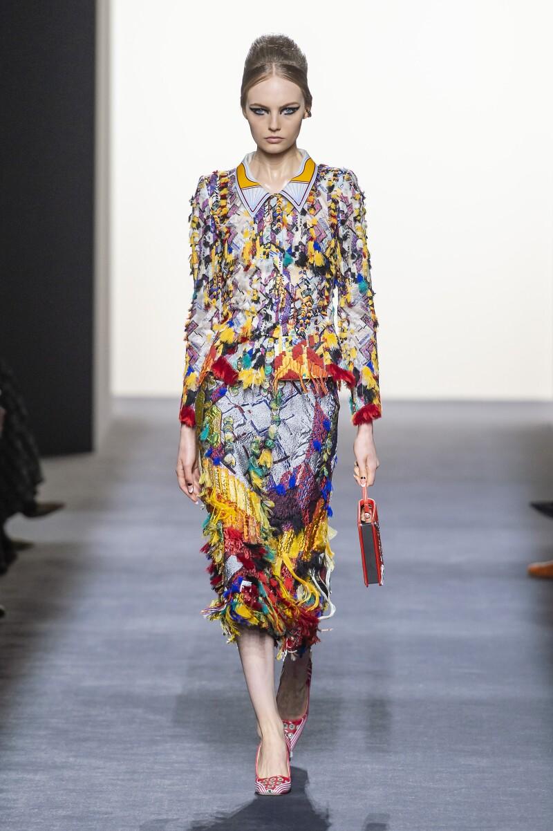 Fendi Couture HC F18 011.jpg