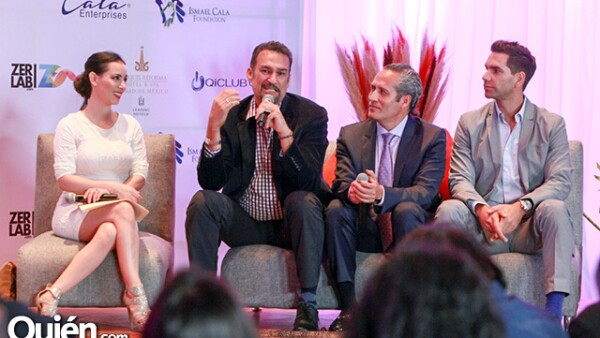 Claudia Lizaldi,Quique Santander,Andrés Portillo y Arap Bethke