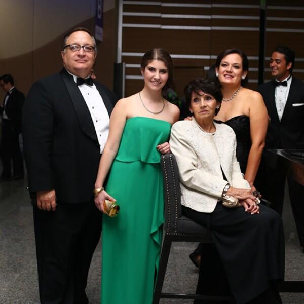 Mauricio Sánchez Escalante, Maite Arsuaga, Carmen Novelo y Eugenia Lemus