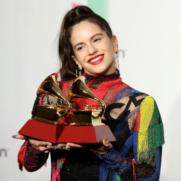 The 19th Annual Latin GRAMMY Awards  - Social