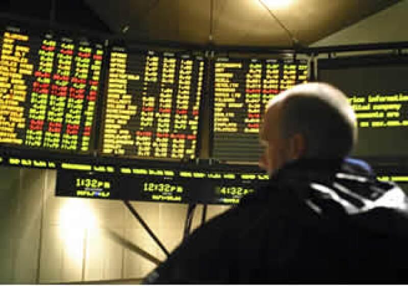 Las acciones en la BMV llegaron a perder 0.6% durante la sesión debido al terremoto (Foto: Photos to Go)