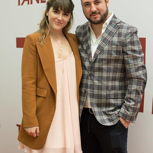 Cassandra Sánchez Navarro y Víctor Martínez