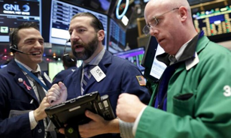 El Dow Jones retrocede 0.32% en la Bolsa de Nueva York. (Foto: Reuters)