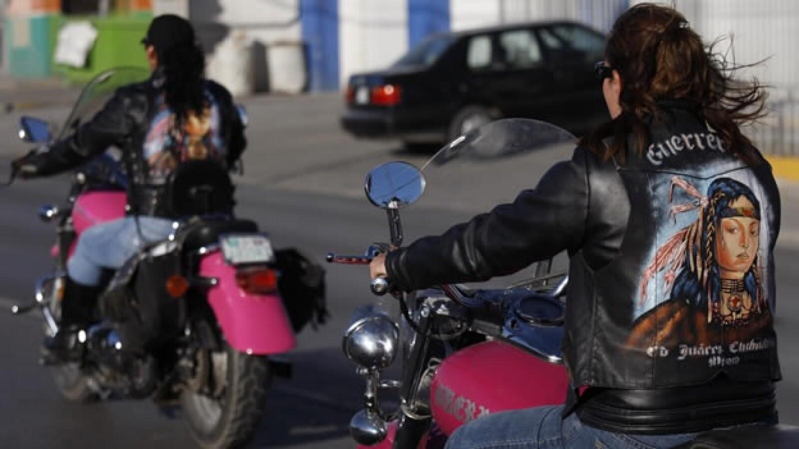 Las Guerreras motociclistas vestimenta