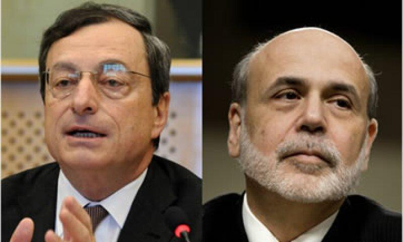 Los expertos estiman que el jefe del BCE, Mario Draghi (izq.) no puede darse el lujo de sentarse y esperar a que la crisis termine. (Foto: Cortesía CNNMoney.com)