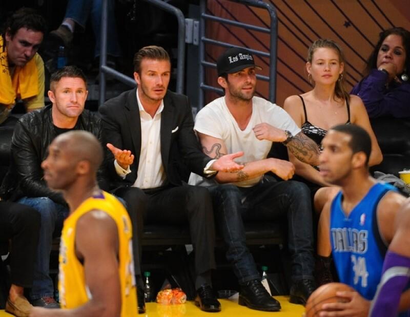 David Beckham y Adam Levine también acudieron al Staples Center.