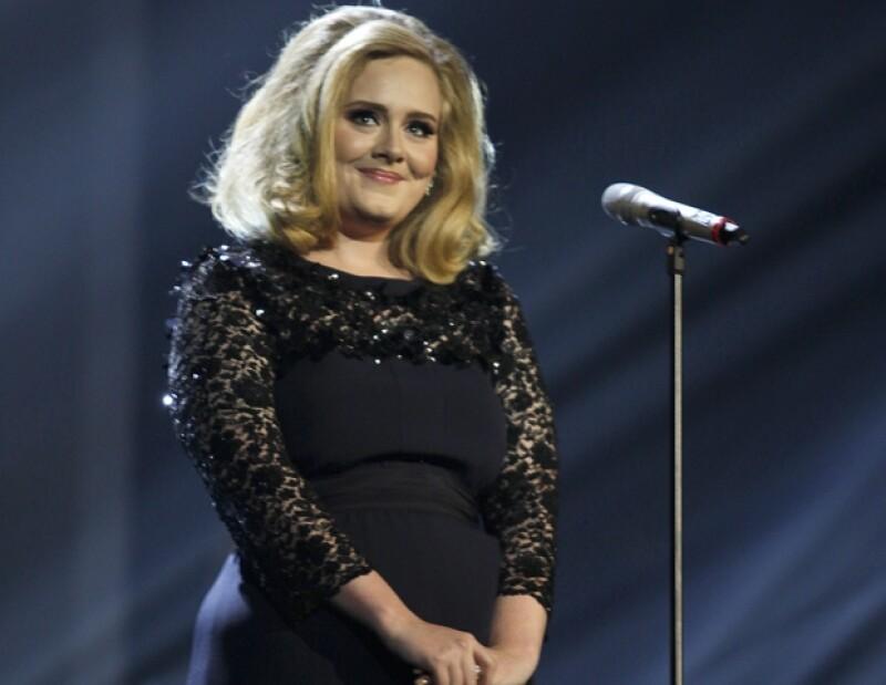 La intérprete fue elegida como la artista pop de año en una emisora británica gay.