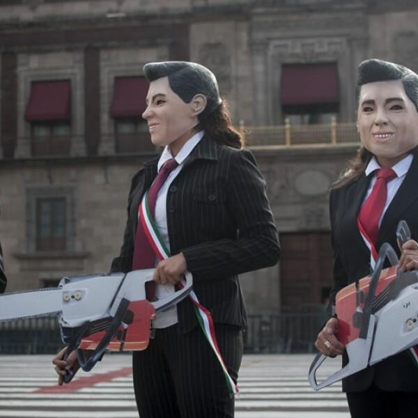 Greenpeace protesta vs Peña Nieto Zócalo