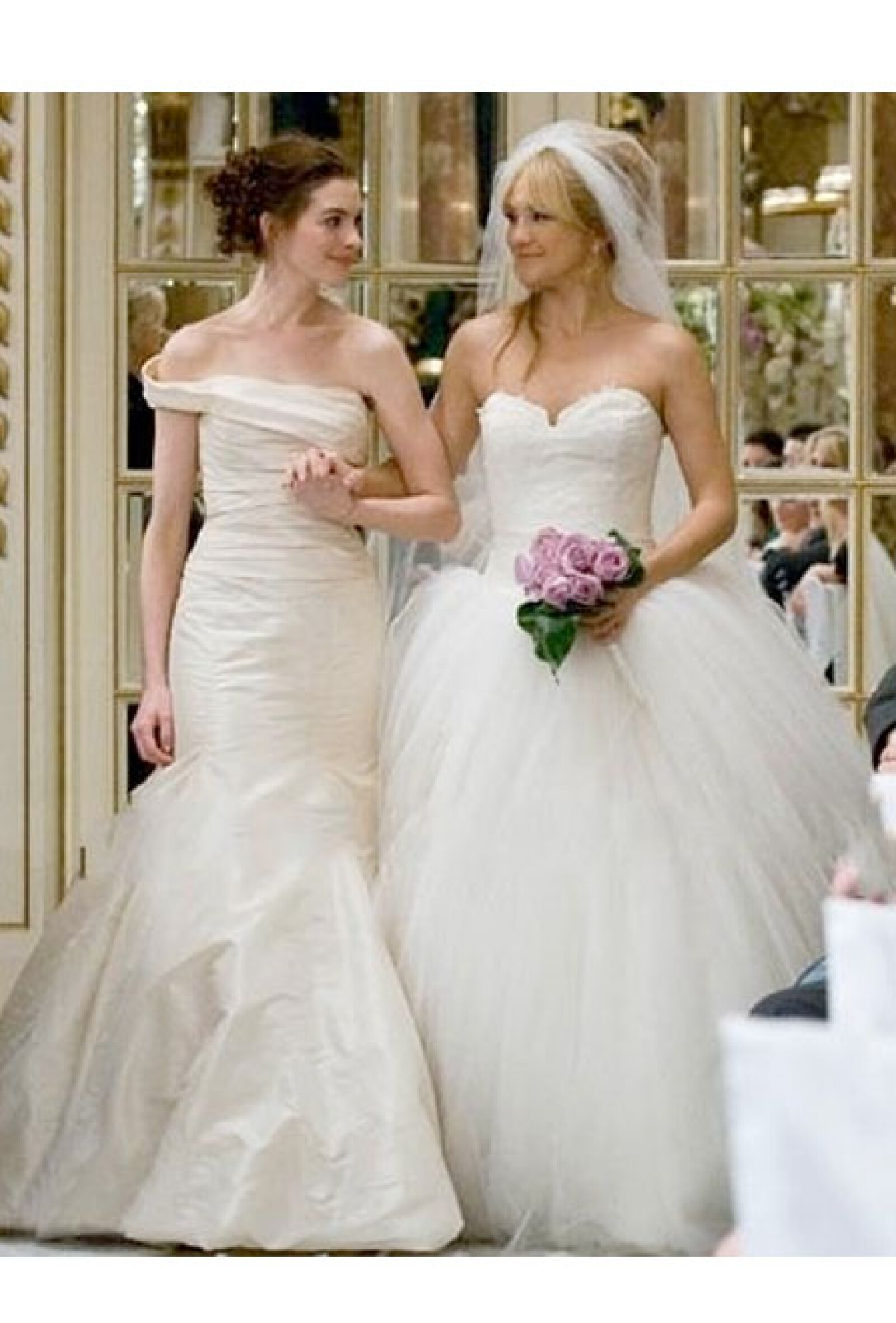 Anne Hathaway y Kate Hudson en `Bride Wars´