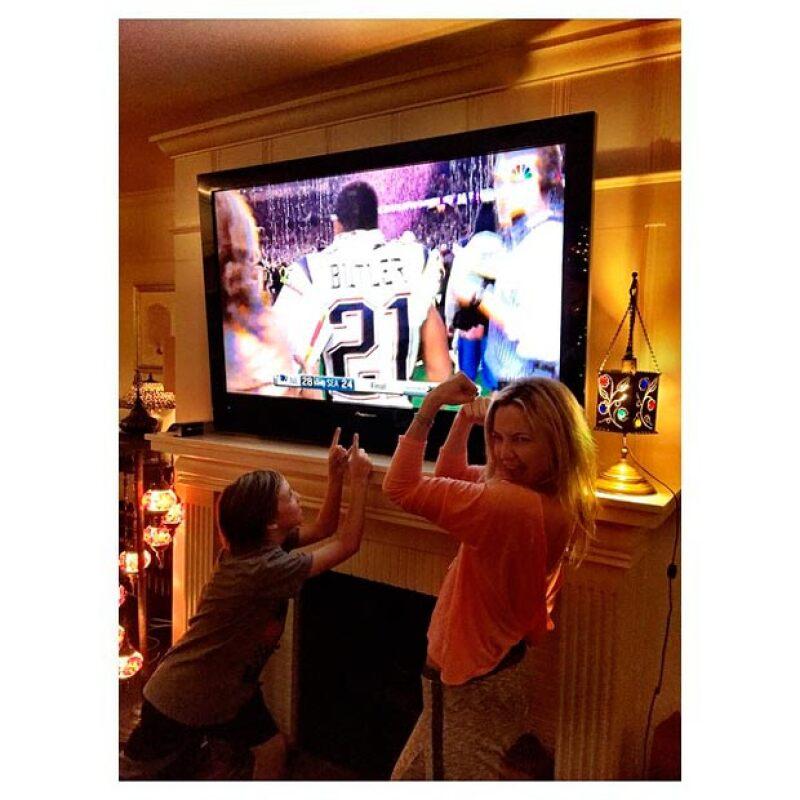 Kate Hudson también se sumó a las celebs que festejaron la derrota de los Seahawks.