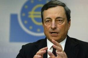 El presidente del BCE, Mario Draghi, considera que los bancos de la eurozona requieren ayuda estatal para impulsar su base de capital. (Foto: Reuters)