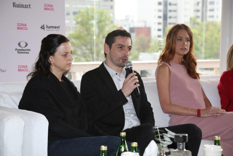 Este evento se ha convertido en uno de los escenarios de arte más importantes de México, en donde se dan cita desde galeristas y coleccionistas hasta curadores y artistas.