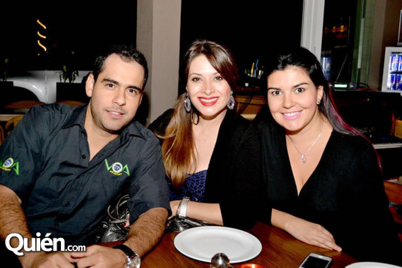 Azael Olivier, Liliana Bernal y Virna Ballesteros