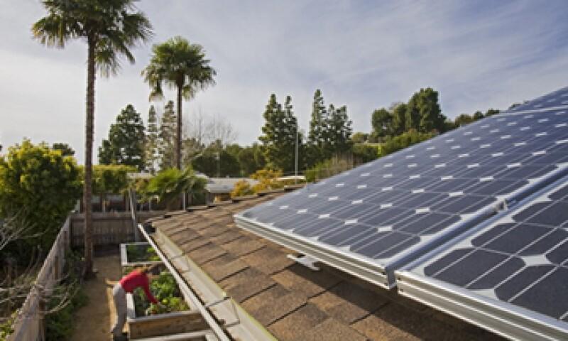 Apple y otras compañías como Amazon y Microsoft, construyen y administran parques solares. (Foto: Getty Images)