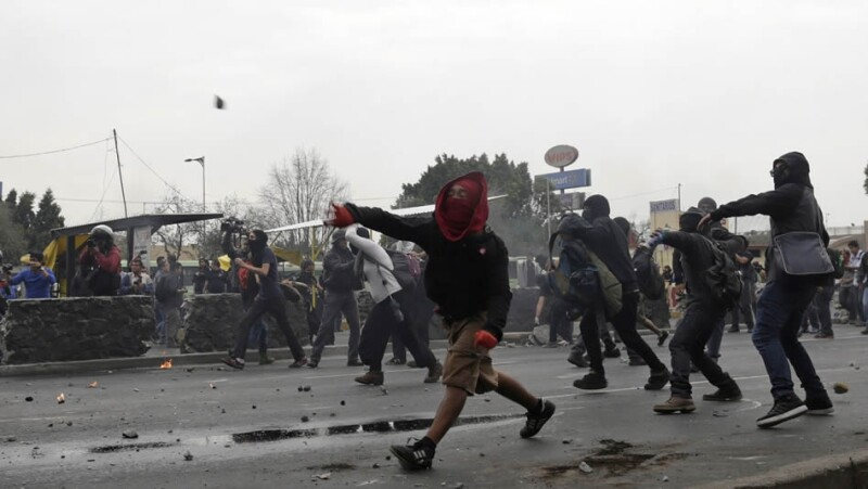 aeropuerto, manifestaciones, anarquistas, avenida ignacio zaragoza