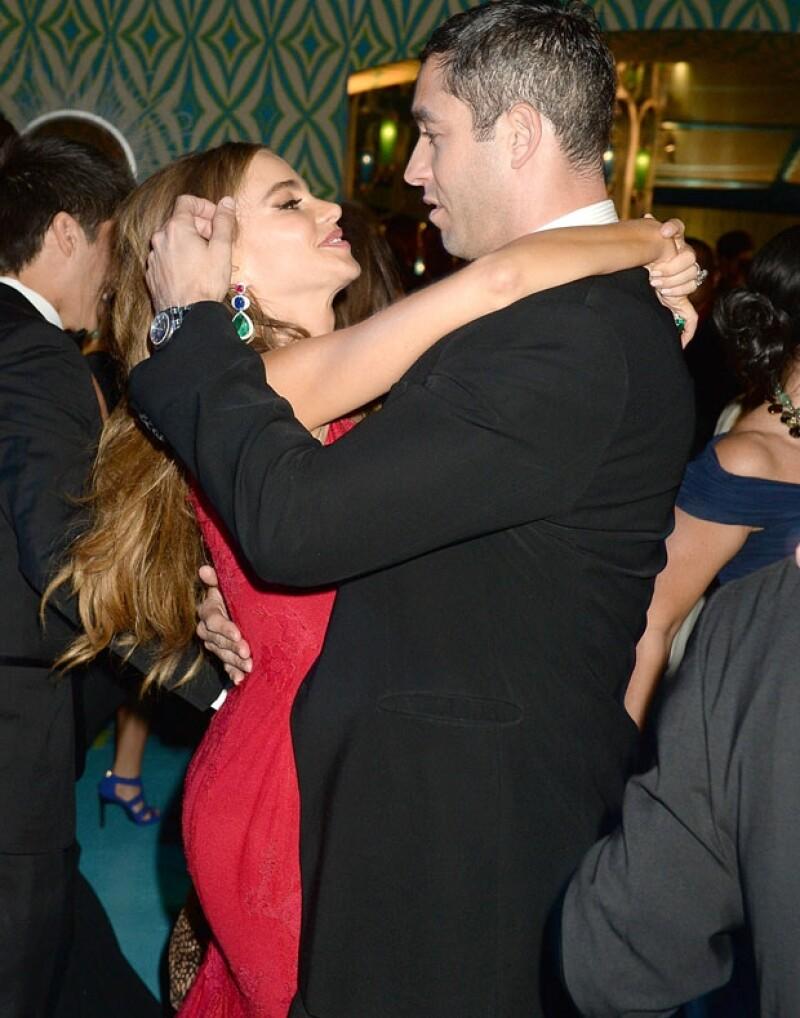 La actriz echó abajo los rumores de una cancelación de su compromiso con Nick Loeb.